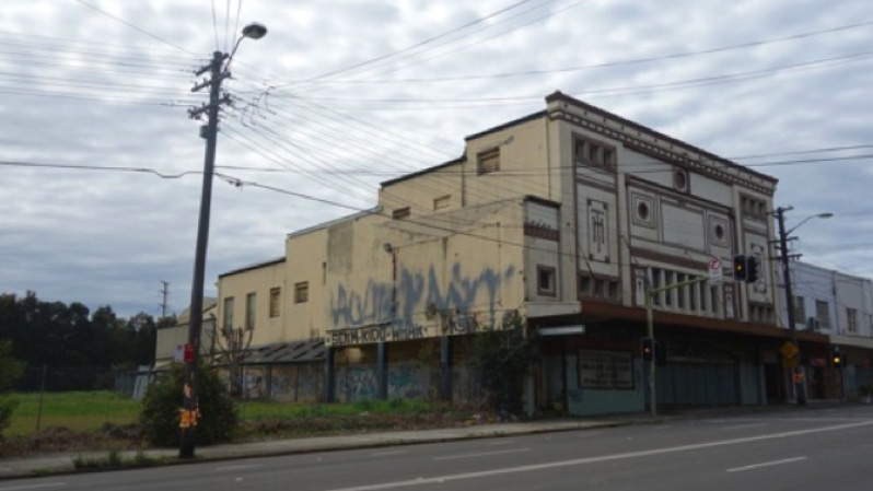Movie Theatre Ruins: Sydney's Midnight Star